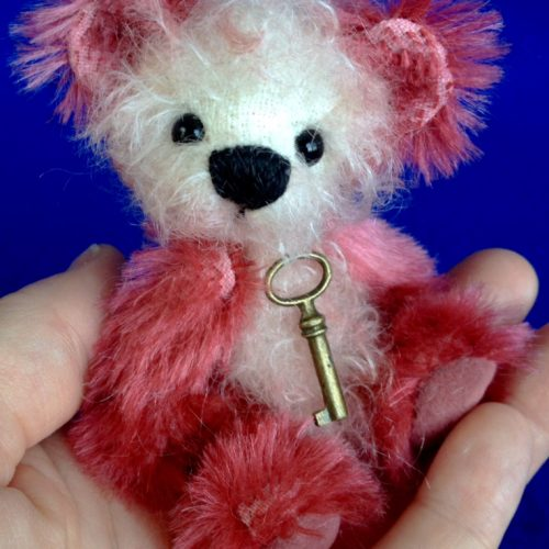Rosie - Miniature mohair artist teddy bear by Laura Lynn