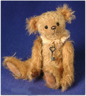 "Marigold - 6"" Miniature Antique Style Teddy Bear Pattern"